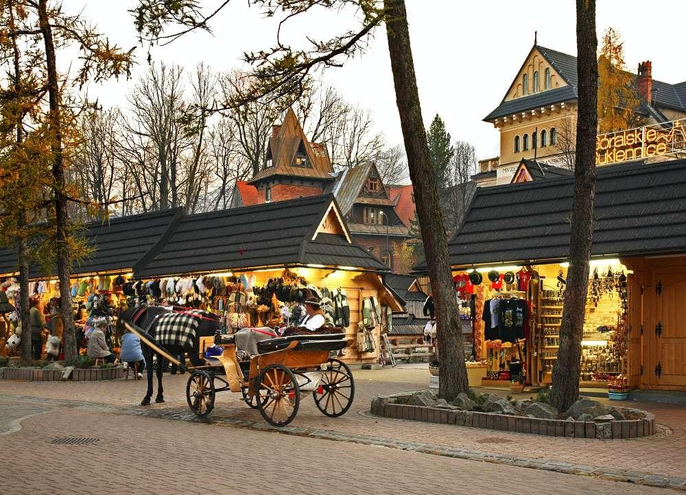 Krupówki to jeden z najsłynniejszych deptaków w Polsce