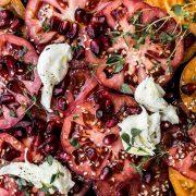 Pomidory-z-granatem-i-tymiankiem