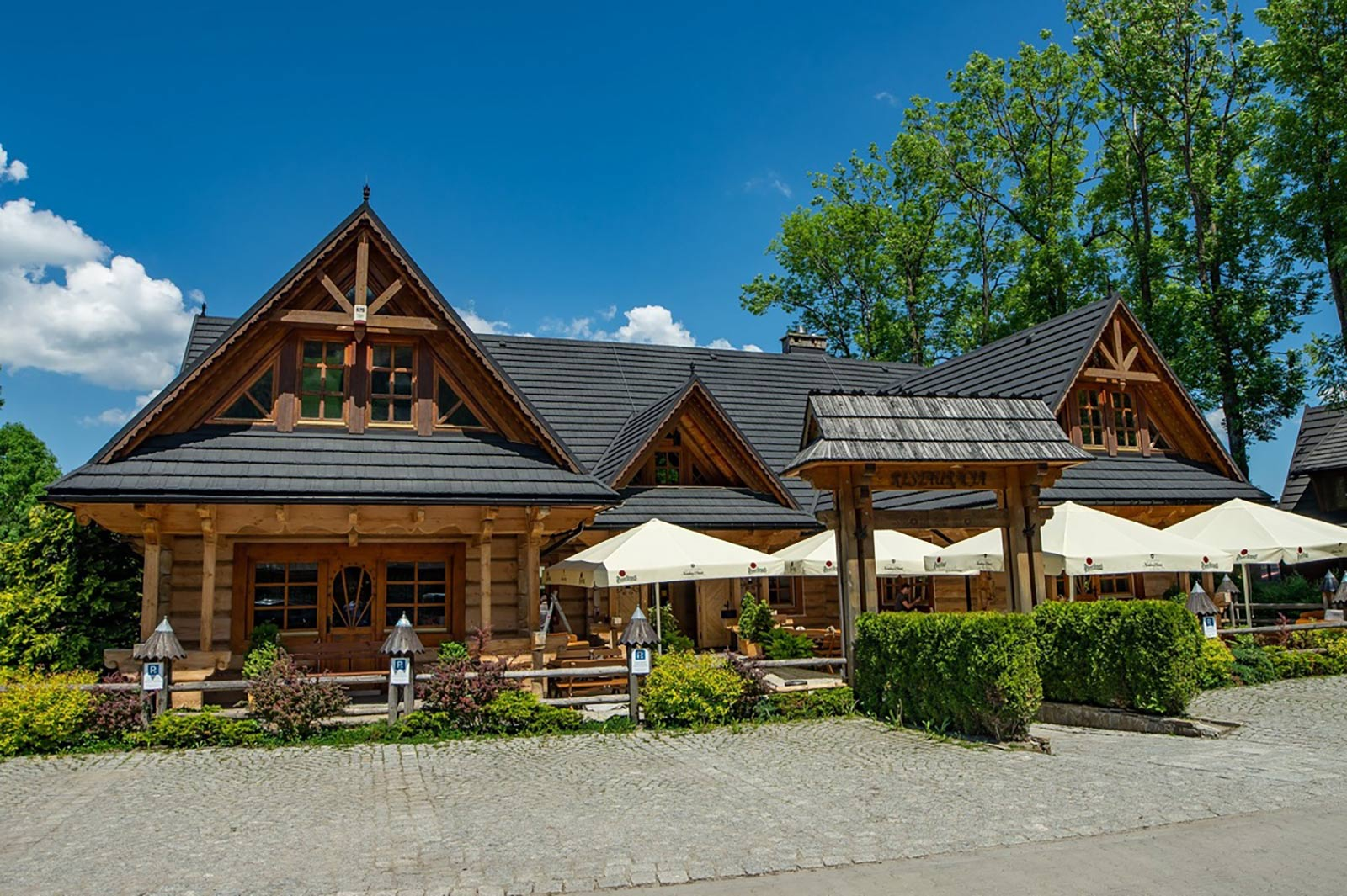 Restauracja-Regionalna-w-Nosalowy-Dwór-Resort&-SPA-świętuje-20-lecie--2