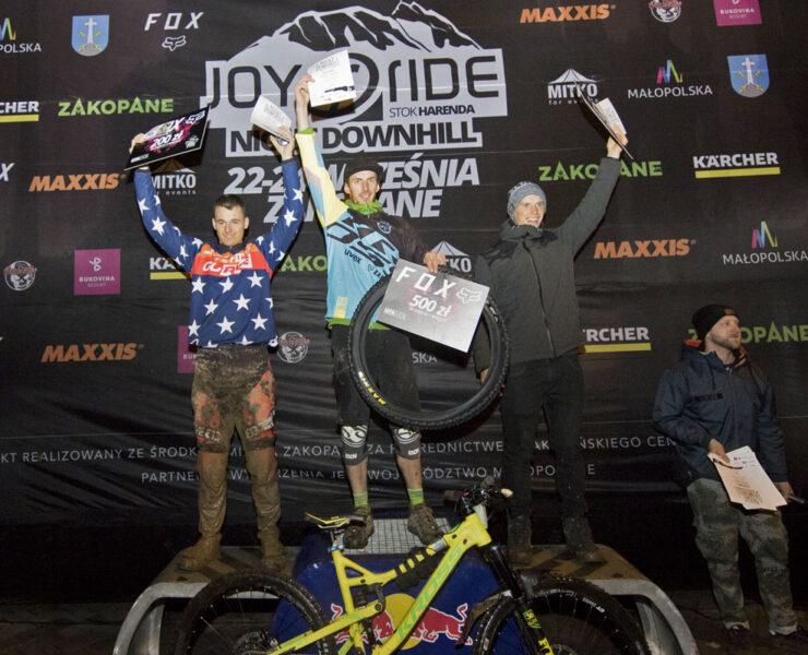 Videorelacja-z-Joy-Ride-Night-Downhill